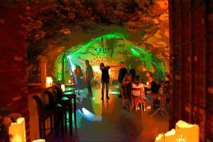 GrottenDisco 10.9.16